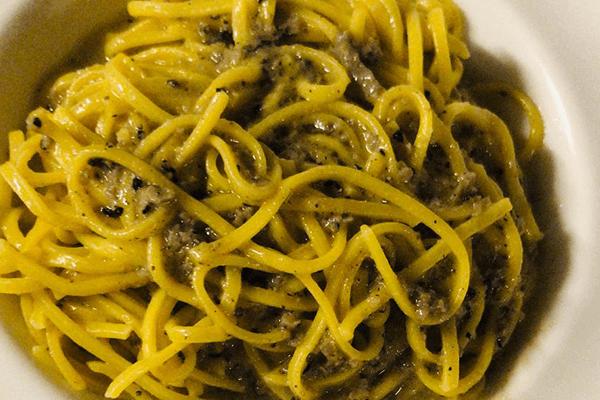 tagliolini al tartufo di macchie relais Tenuta del Gallo