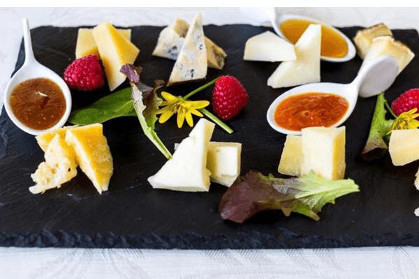 I formaggi con le nostre mostarde