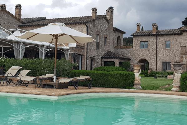 Agriturismo in Umbria con piscina e ristorante