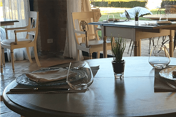 Il ristorante la tenuta del gallo Agriturismo in Umbria con piscina e ristorante