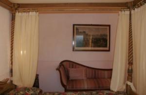 comfort room balcony